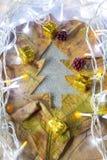 Árbol de Navidad por la hoja con el adornamiento Fotografía de archivo libre de regalías