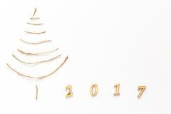 Árbol de navidad simple en blanco - tarjeta original del Año Nuevo Foto de archivo