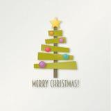 Árbol de navidad verde abstracto con la estrella y las bolas Imagen de archivo libre de regalías