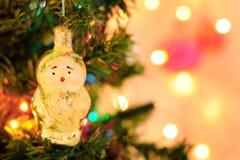 Árbol de navidad y decoración imágenes de archivo libres de regalías
