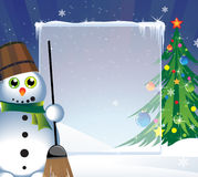 Árbol de navidad y muñeco de nieve alegre Fotografía de archivo