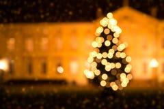 Árbol de navidad y nieve Fotografía de archivo libre de regalías