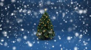 Árbol de navidad y nieve Foto de archivo libre de regalías