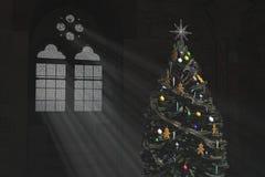 Árbol de navidad y una ventana gótica Fotos de archivo libres de regalías