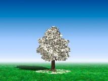 Árbol del dinero bajo el cielo azul Imágenes de archivo libres de regalías
