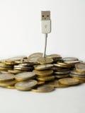 Árbol del dinero y del usb Fotos de archivo