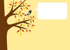 Árbol del otoño y pequeño pájaro Imagen de archivo libre de regalías