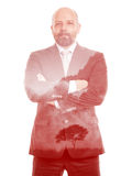 Árbol del rojo de la exposición doble del hombre de negocios Imagenes de archivo