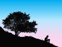 Árbol en la puesta del sol libre illustration