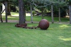 Árbol encadenado fotografía de archivo