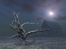 Árbol y casa muertos en la noche Foto de archivo libre de regalías