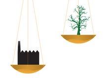 Árbol y fábrica en equilibrio Imagen de archivo