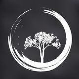 Árbol y Zen Circle Illustration del vector en fondo natural libre illustration