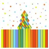 Árboles de navidad de papel de rayas coloreadas Fotos de archivo libres de regalías