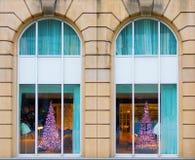 Árboles de navidad modernos Fotos de archivo libres de regalías
