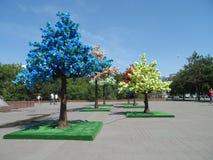 Árboles decorativos en cuadrado Imagen de archivo