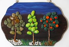 Árboles decorativos hechos de guijarros Fotografía de archivo libre de regalías