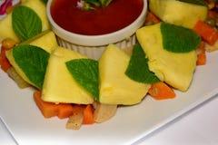 Árboles del pan con las verduras y la inmersión Fotografía de archivo libre de regalías