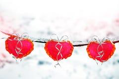 Árboles en la nieve Corazón Tarjeta del día de fiesta Fotos de archivo libres de regalías