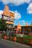 Área acolhedor do motel do cone da aventura de Disney Califórnia Fotografia de Stock Royalty Free