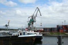 Área animada del puerto en Rotterdam Fotos de archivo libres de regalías