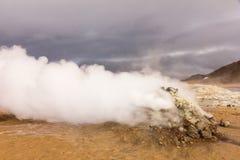 Área caliente Islandia del norte del myvatn de la fumarola Foto de archivo libre de regalías