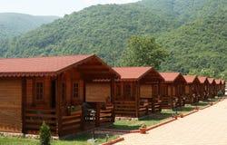 Área de acampamento da montanha fotografia de stock