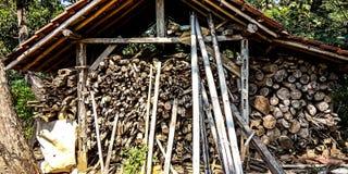 Área de armazenamento de madeira imagem de stock