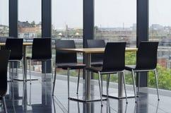 Área de assento moderna do bar do prédio de escritórios Fotografia de Stock Royalty Free