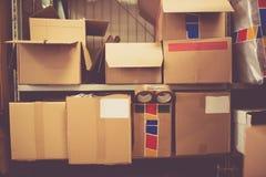 Área de empaquetado y de envío Fotos de archivo libres de regalías