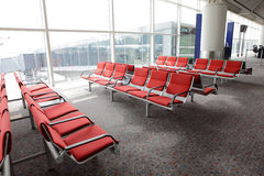 Área de espera na porta do aeroporto Fotografia de Stock Royalty Free