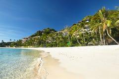 Área de la playa y el centro turístico Imágenes de archivo libres de regalías