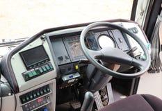 Área de la sala de control, conduciendo la consola, coche delantero grande, autobús, bus turístico fotografía de archivo
