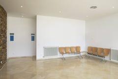 Área de la sala de espera con los sitios vacíos Fotografía de archivo libre de regalías