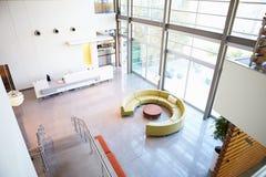 Área de recepção vazia no escritório moderno Fotos de Stock