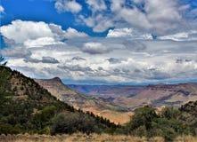 Área de região selvagem da garganta de Salt River, floresta nacional de Tonto, Gila County, o Arizona, Estados Unidos fotos de stock