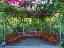 Área de sentada en el jardín Imágenes de archivo libres de regalías