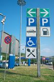 Área de servicio en Italia imagen de archivo