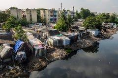 Área de tugurios en Chennai, la India foto de archivo