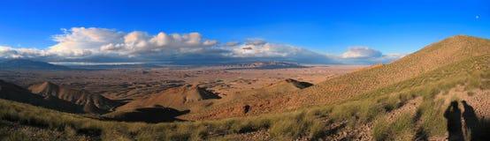 Área del desierto en montañas de atlas medias Fotos de archivo libres de regalías