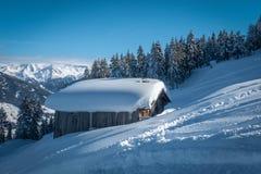 área del esquí con el tiempo fantástico fotografía de archivo
