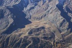 Área del esquí en Kurzras Maso Corto - visión desde arriba fotografía de archivo