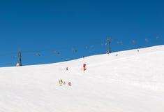 Área del esquí en las montañas de las dolomías Foto de archivo