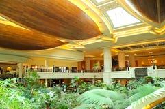 Área del pasillo de la recepción en hotel de lujo imagen de archivo libre de regalías