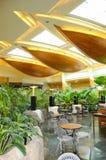 Área del pasillo de la recepción en hotel de lujo fotos de archivo libres de regalías