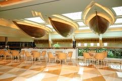 Área del pasillo de la recepción en hotel lujoso imagen de archivo libre de regalías