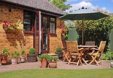 Área del patio de un jardín inglés Imagen de archivo libre de regalías