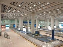 Área del transportador del bagaje en el aeropuerto Foto de archivo libre de regalías