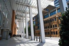 A área dianteira do vestíbulo ou do patamar do estilhaço do vidro Foto de Stock Royalty Free