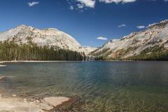 Área do lago Tanaya em Yosemite fotografia de stock